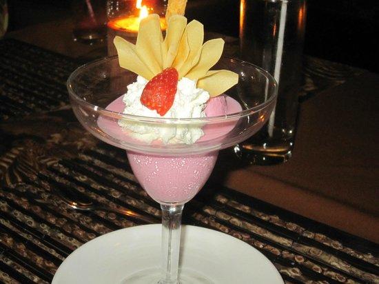 Tsavo Lion Restaurant:                   Lion restaurant  Dessert