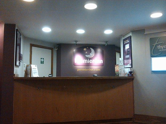 Premier Inn Glasgow Airport:                   Reception