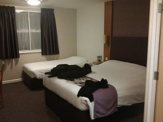 Premier Inn Glasgow Airport:                   Camera