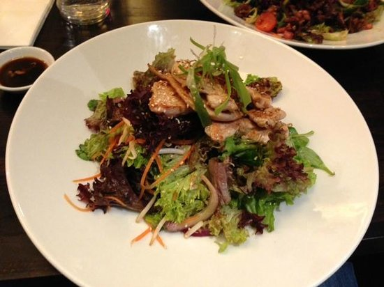 Dim t - Victoria:                   Japanese Glazed Chicken Salad