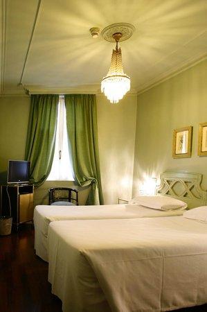 Hotel Alexandra: Twin Room