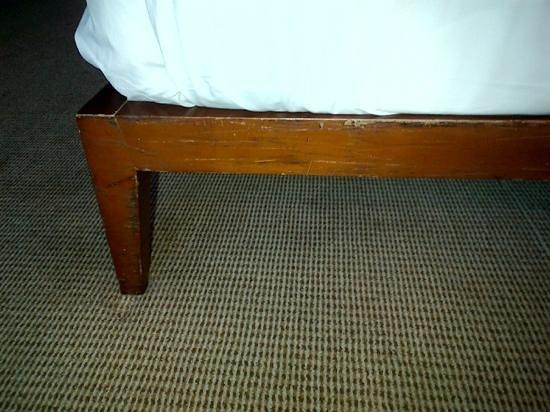 Park Hyatt Mendoza:                   este es el estado de los muebles