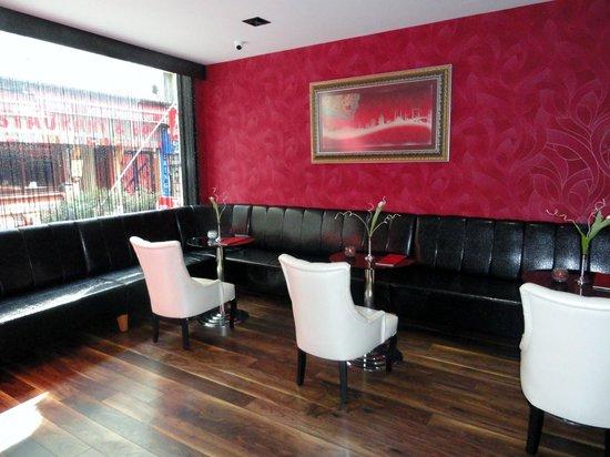 Hotel Istanbul Trend:                   bar