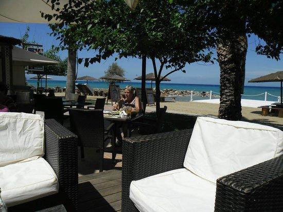 Planos, Grekland:                   Bar