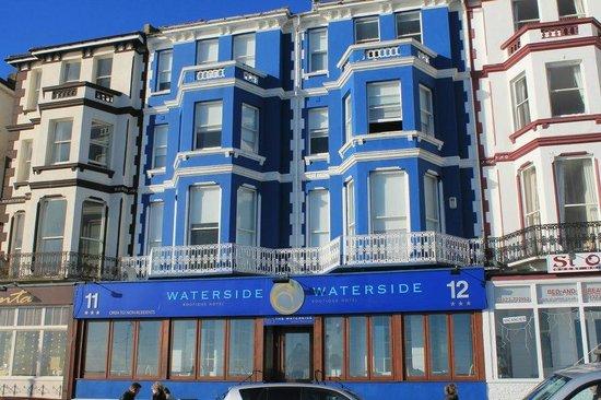 Waterside Hotel : Exterior