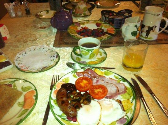 Brinsea Green Farm Bed & Breakfast :                   Breakfast