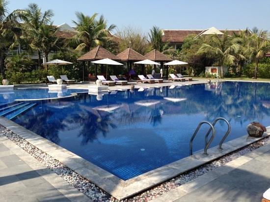 Ana Mandara Hue:                   piscina resort