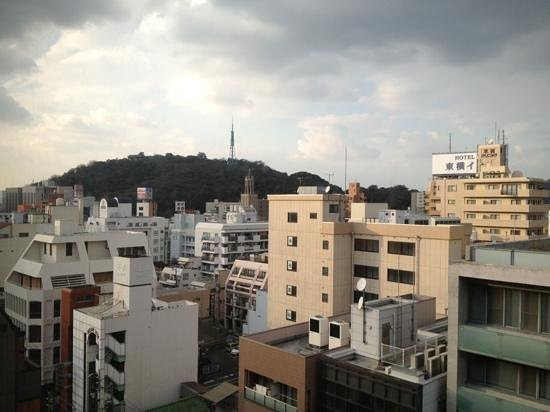 Nest hotel:                   部屋からの眺望!遠目に松山城が!