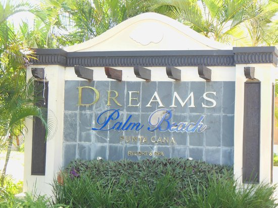 Dreams Palm Beach Punta Cana:                                     Entry