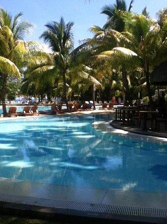 Canonnier Beachcomber Golf Resort & Spa:                   pool area