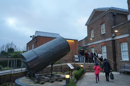 Royal Observatory Greenwich:                                     17