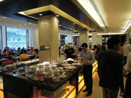โรงแรมคอนคอร์ดกัวลาลัมเปอร์:                                     朝食ビュッフェ
