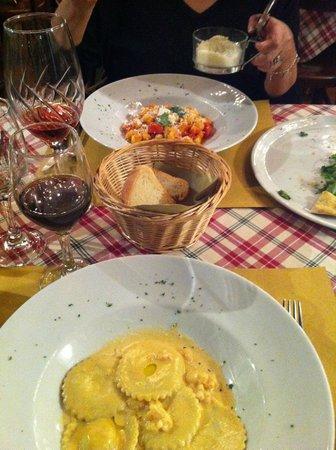 La Tradizionale con Cucina di Pesce:                   mains