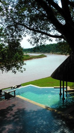 Naledi Bushcamp and Enkoveni Camp: Enkoveni