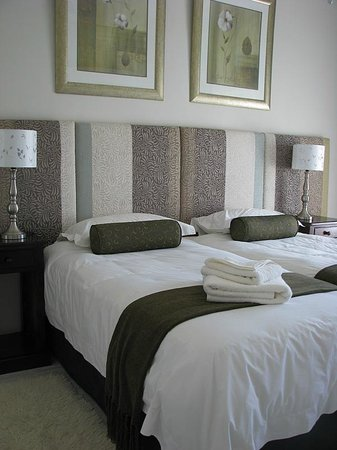 Swartberg Country Manor: Main House Bedroom