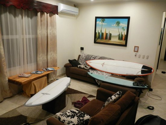 Surf Inn Hermosa:                                     Our living room