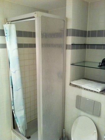Aparthotel Residenz 2000:                   łazienka