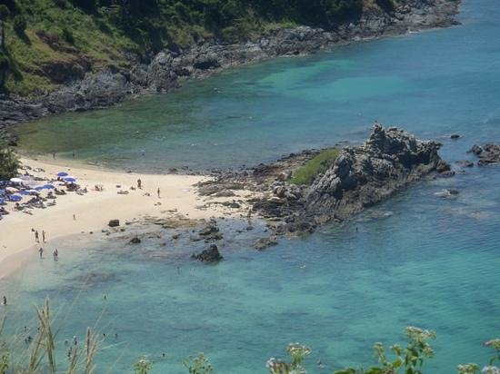Yanui Seaview:                                     the rocky end of the beach is good for snorkeling