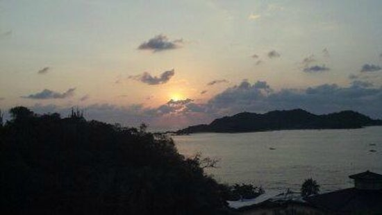 Azul Ixtapa Beach Resort & Convention Center:                   Sunset view from our 15th floor balcony