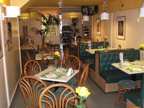 B & B Castelbuono Donjon: Sala ristorante/colazione