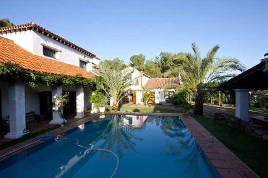 Estancia Pinos de la Quebrada: Beautyful court-yard