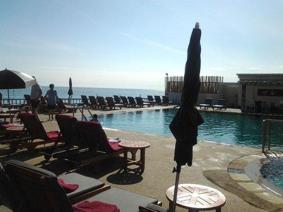 โรงแรมชมวิว:                                     プール