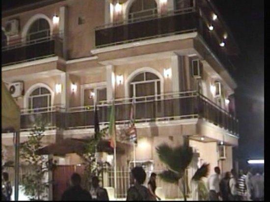 Hotel Tchitenda: Vue de Nuit