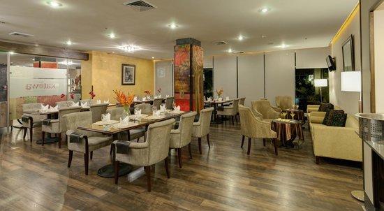 Studio Hotel: Katowa Restaurant