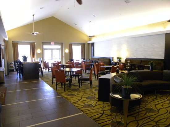 Homewood Suites Rochester/Greece:                   Breakfast and evening reception area