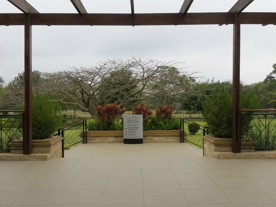 Mount Meru Hotel:                   Hotel grounds