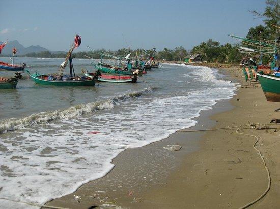Hua Hin Bike Tours:                   Fishing boats