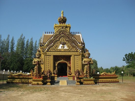 Hua Hin Bike Tours:                   Temple