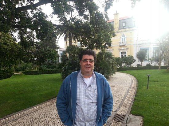 Pestana Palace Lisboa Hotel & National Monument:                   Jardins área externa