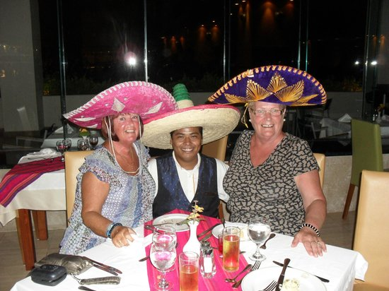 Grand Sirenis Riviera Maya Resort & Spa:                   mexican night