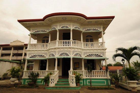 Carcar, الفلبين:                   Carcar Dispensary & Museum                 