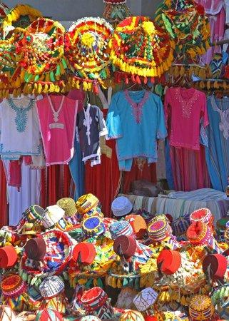 Les Deux Tours: Marrakech market