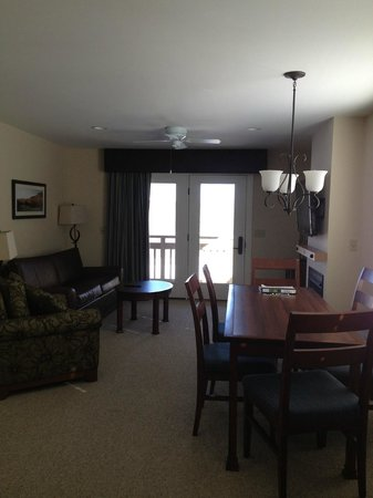 Jay Peak Resort:                   Living room area