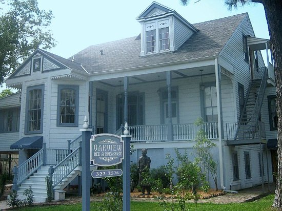 Oakview Bed and Breakfast: The Oakview