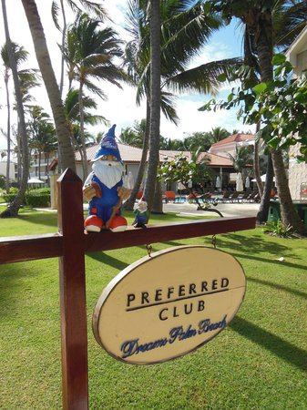 Dreams Palm Beach Punta Cana:                   Preferred Club area and Seaside Grill