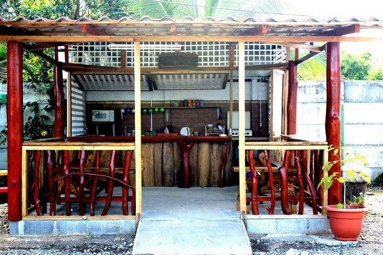 Hotel Maritza : Kitchen area