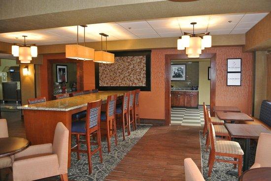 Hampton Inn Birmingham/Bessemer: Breakfast Area