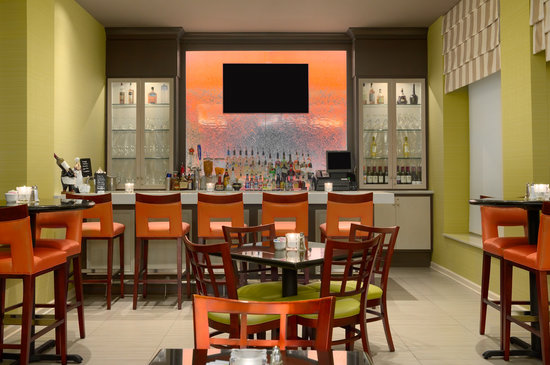 Hilton Garden Inn Atlanta North / Johns Creek: Hilton Garden Inn Johns Creek's brand new full-service bar