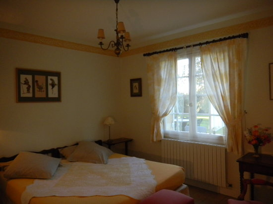 Manegat Bed&Breakfast: Chambre jaune