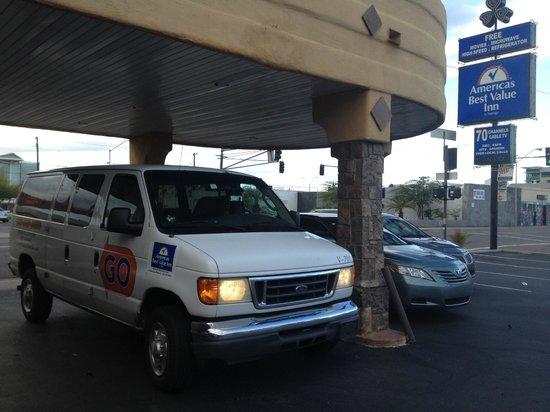 Americas Best Value Inn - Downtown Phoenix: Airport shuttle(PHX)