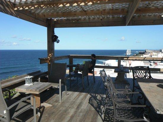 The Gallery Inn:                   Wine Deck