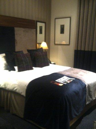 Malmaison Hotel:                                                       Bedroom