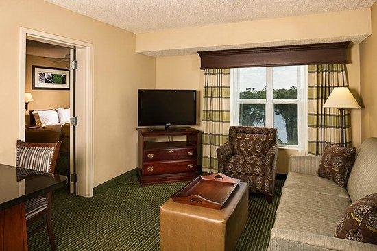 Homewood Suites Orlando-Maitland: Guest Suite Living Room