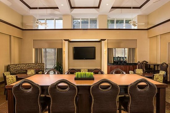 Homewood Suites Orlando-Maitland: Dining Area - Lodge