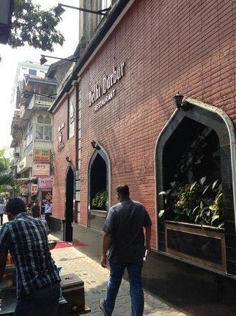 Delhi Darbar: The Entrance