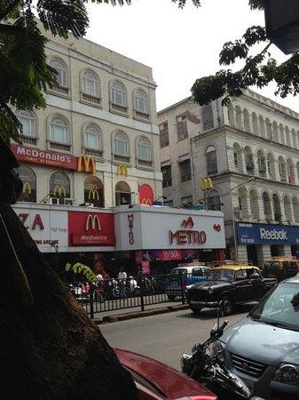 Delhi Darbar: Across the restaurant